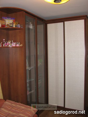 Шкафы-купе заметно экономят пространство